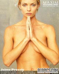 Jaime Pressly - breasts