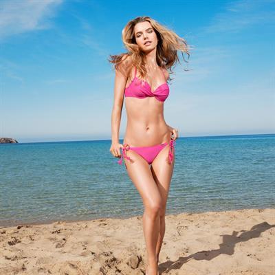 Aurelia Gliwski in a bikini
