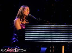 Alicia Keys BET Awards on June 27, 2010
