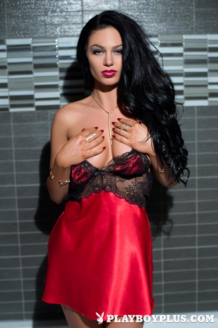 Playboy Cybergirl - Kaycee Ryan Nude Photos & Videos at Playboy Plus! - in the bathtub