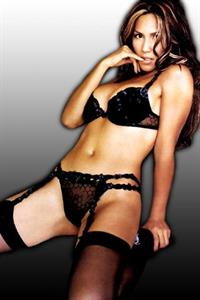 Leeann Tweeden in lingerie