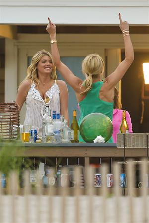 Kate Upton on the set of 'The Other Woman' in NY on June 6, 2013
