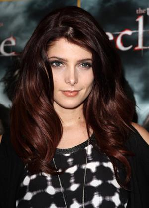 Ashley Greene Twilight Saga Eclipse signing Best Buy in New York on December 17, 2010
