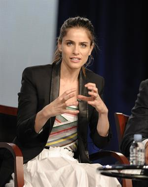 Amanda Peet Bent Panel during 2012 Winter TCA Tour in Pasadena 06.01.12