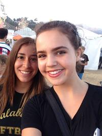 Bailee Madison taking a selfie