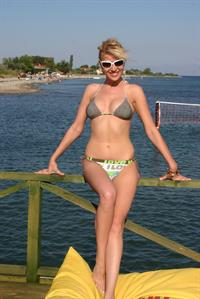 Doğa Bekleriz in a bikini