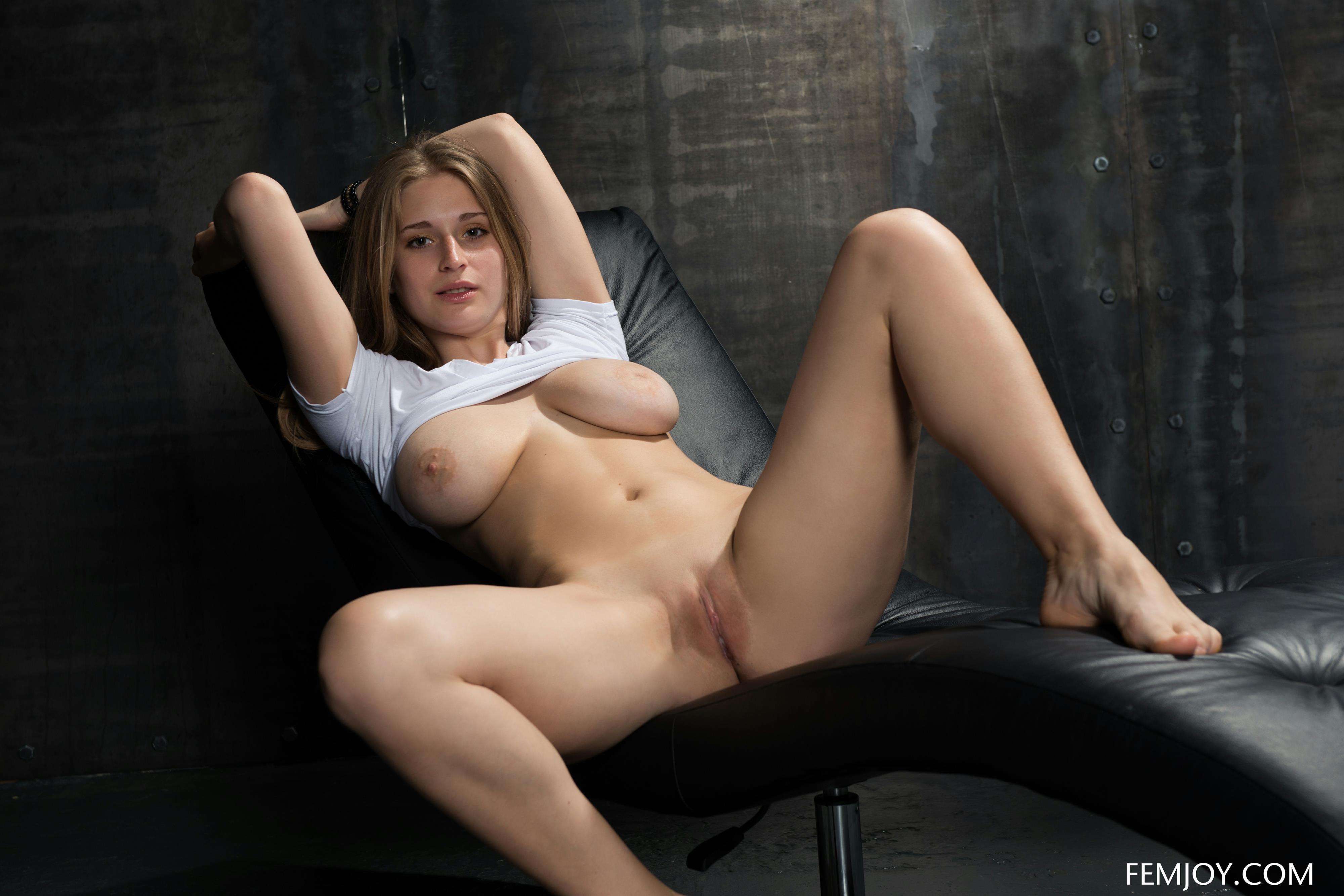 kari byron nude feet