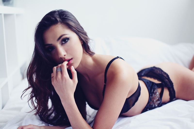 Lauren Rhoden in lingerie