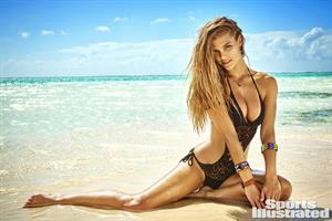 Nina Agdal - Sports Illustrated Swimsuit 2016