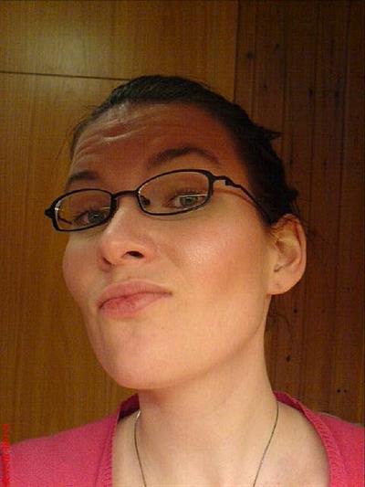 Hófí with glasses