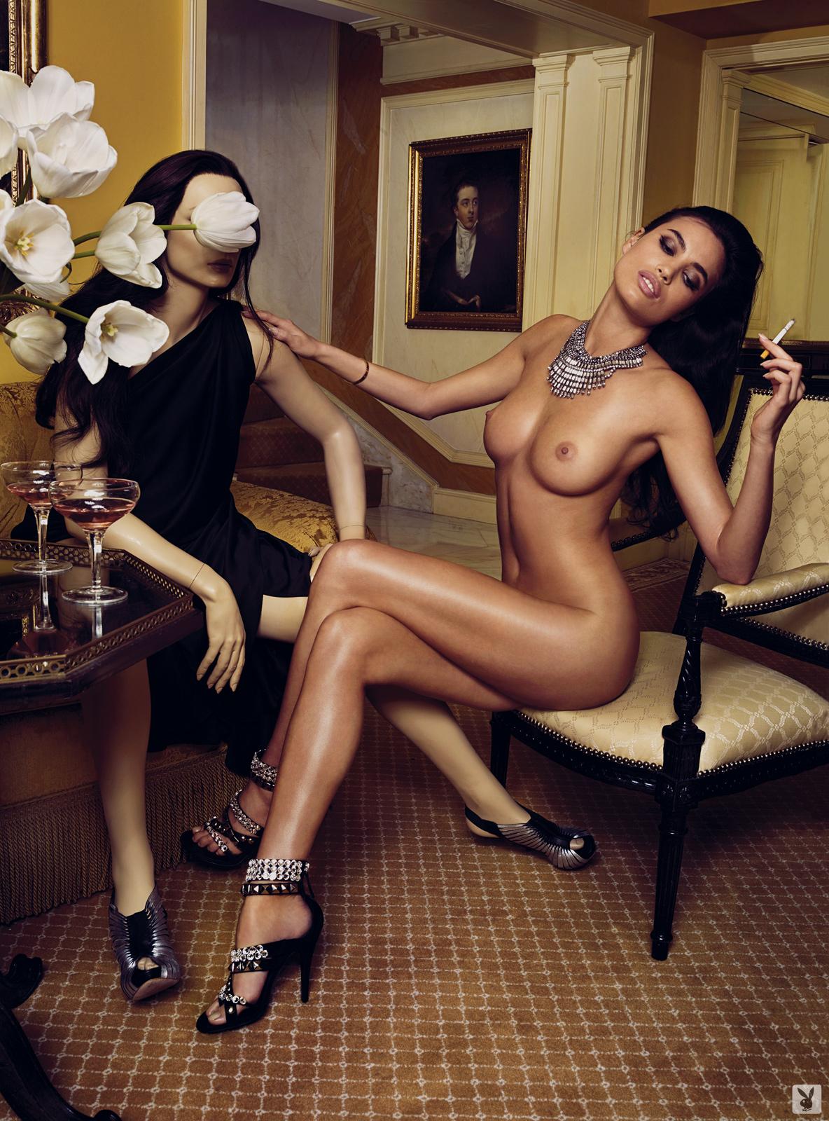 Indian women bent over nude