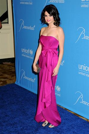Selena Gomez Unicef ball honoring Jerry Weintraub in Beverly Hills