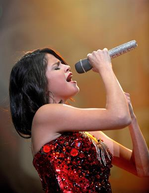 Selena Gomez Jingle Ball Sacramento 2011