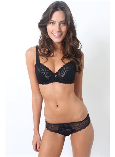 Juliana Mueller in lingerie
