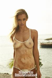 Hannah Ferguson in body paint