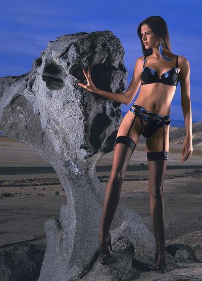 Jennifer Lamiraqui in lingerie