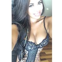 Italia Kash in lingerie taking a selfie