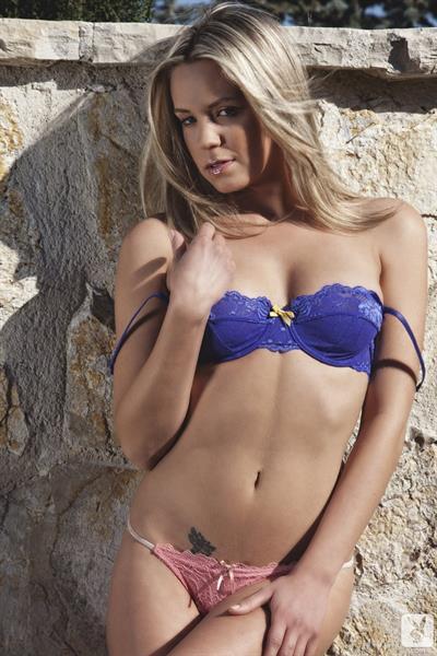 Alexa Lyon in lingerie