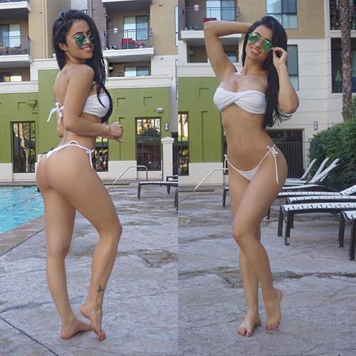 Franciele Medeiros in a bikini