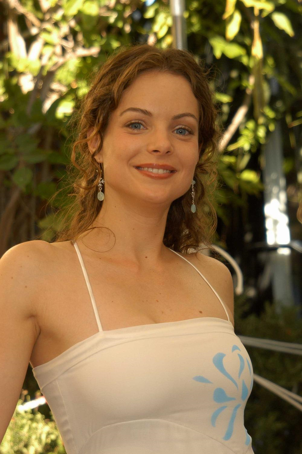 Kimberly Williams Sexy 31