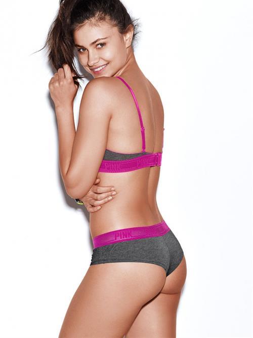Yara Khmidan in lingerie - ass