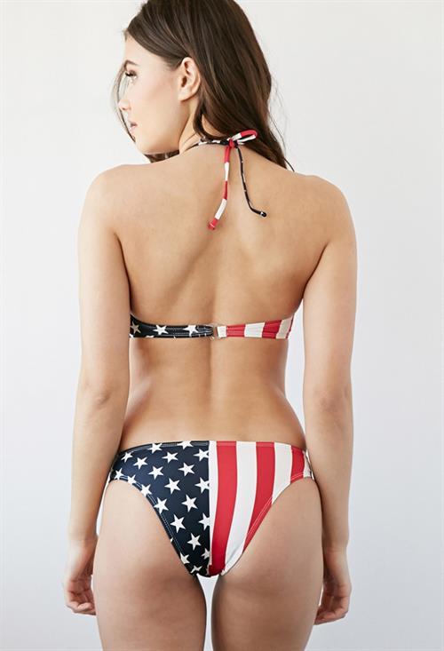 Yara Khmidan in a bikini - ass