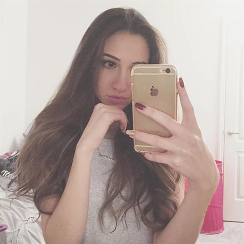 Christina Marie Harris taking a selfie