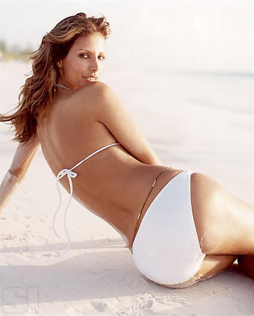 Elsa Benitez in a bikini - ass
