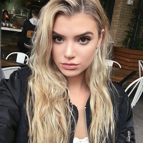 Alissa Violet