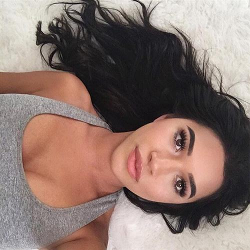 Julia Kelly taking a selfie