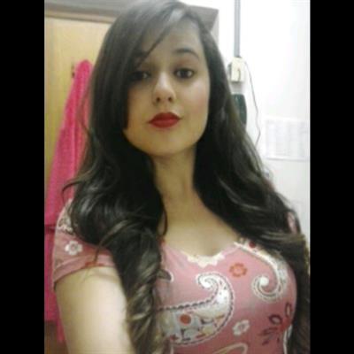 Veronica Rangel taking a selfie
