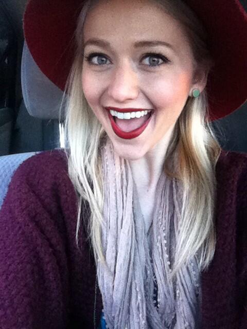 Johanna Braddy taking a selfie