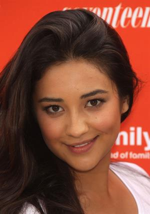 Shay Mitchell Delete Digital Drama