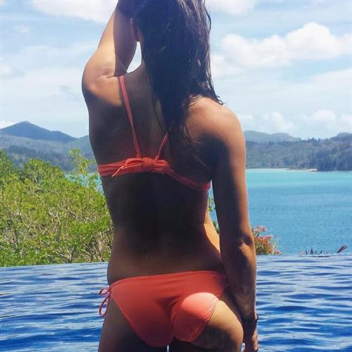 Michelle Jenneke in a bikini - ass