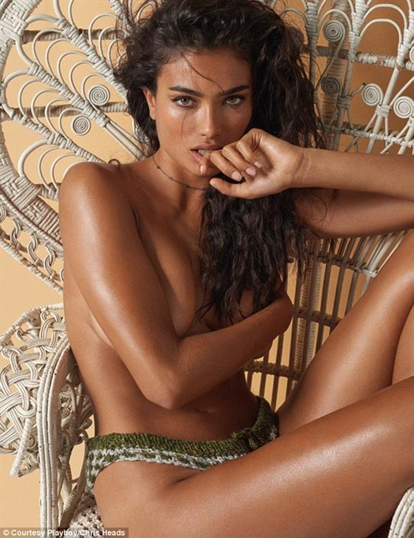 Kelly Gale Topless