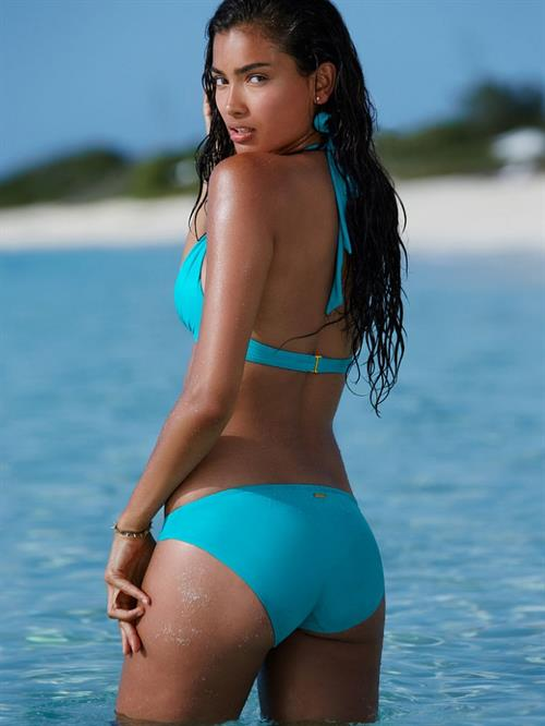 Kelly Gale in a bikini - ass
