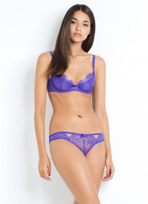 Anelia Moor in lingerie