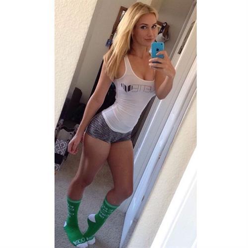Paige Spiranac taking a selfie