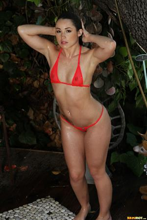 Sheer Coral in Shower (Aug 17, 2014)