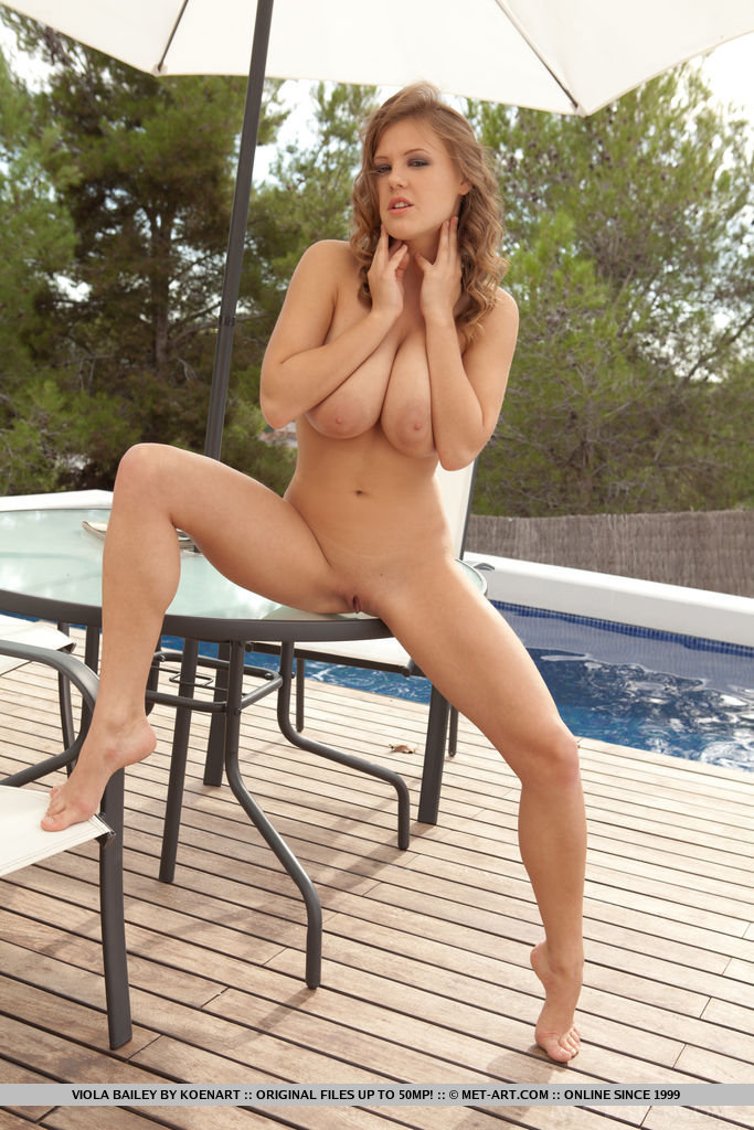 Viola Bailey strips down on a deck