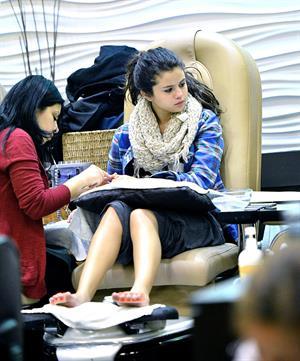 Selena Gomez in Encino 1/3/13