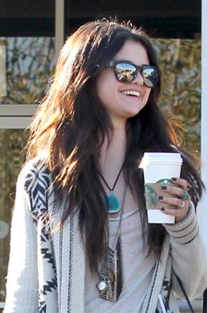 Selena Gomez grabs lunch & coffee in Burbank 1/16/13