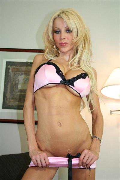 Danielle Derek in lingerie