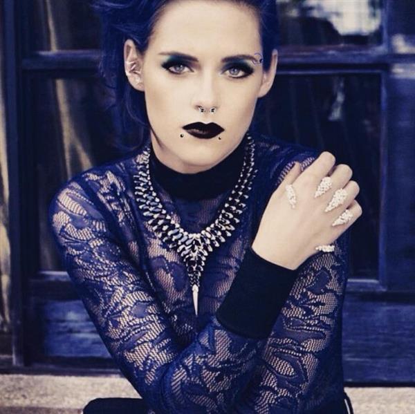 Kristen Stewart Punk Look