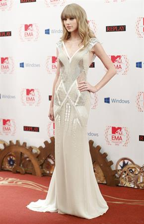 Taylor Swift on the red carpet at the 2012 MTV Europe Music Awards in Frankfurt, Germany November 11, 2012