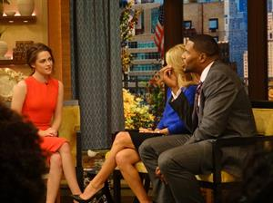Kristen Stewart Live! with Kelly & Michael 11/7/12