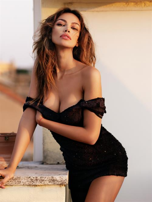 Mădălina Diana Gheneas Pictures Hotness Rating Unrated