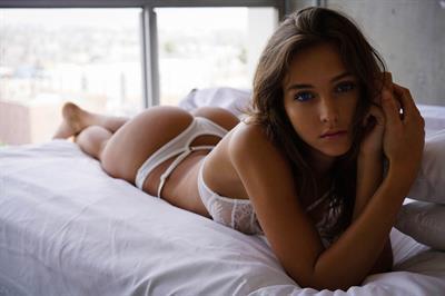 Rachael Leigh Cook in lingerie