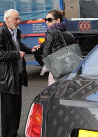 Kelly Brook Arriving home in London - Feb 6, 2013