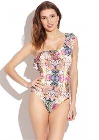 Tatiana Platon in a bikini
